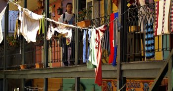 tips for expats on how to beat homesickness