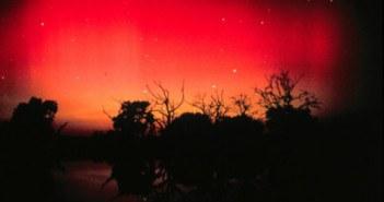 19 Great Red Aurora
