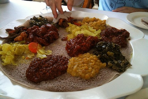 A guide to eating traditional ethiopian food go girl for Authentic ethiopian cuisine