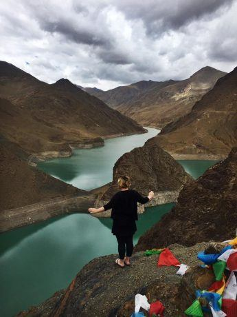 traveling in Tibet the scenery is amazing