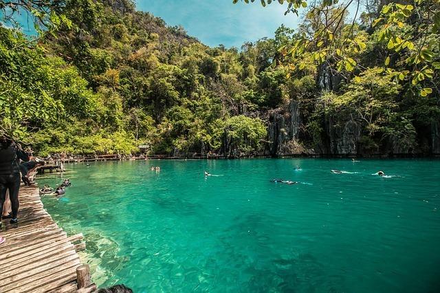solo travel philippines